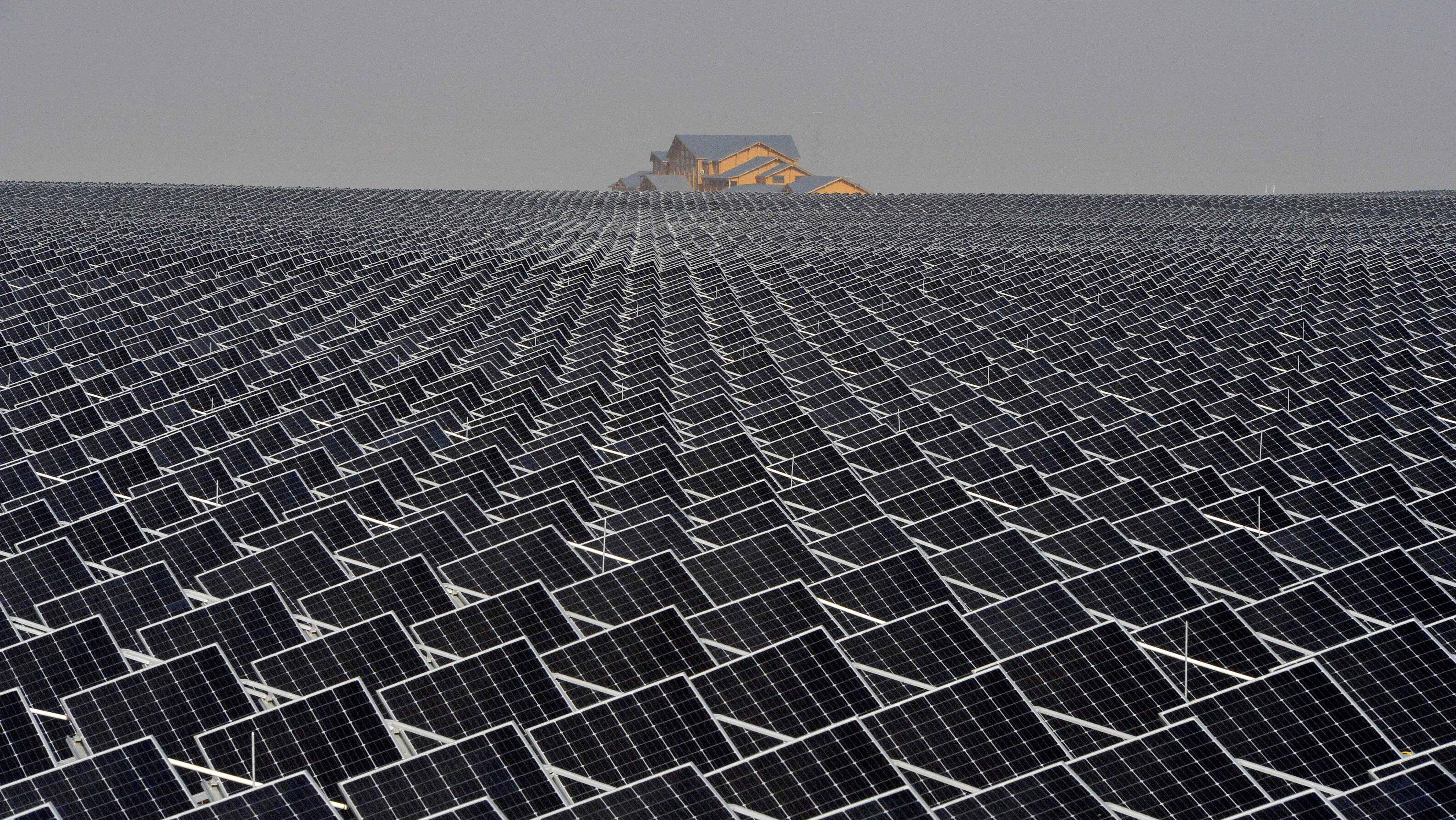 4 Ways to Get Projects Done in a World With Solar Tariffs